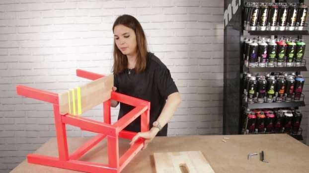 How to paint a wooden staircase with MTN PRO